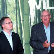(FH) Martin Klapka, Geschäftsführer STOREBEST und sein Vorgänger Dr. Hans-Erich Dunkel, Sohn des Firmengründer